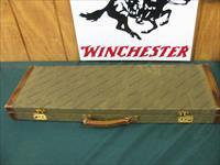 6194 Winchester 101 Grand European FEATHERWEIGHT 20gauge 26 inch barrels ic/mod, 6.3 poounds sp ecial diminutive featherweight frame gives it a very special featherweight feel.STRAIGHT GRIP, LOP IS FACTORY ORIGINAL AT 14, A++Fancy walnut in