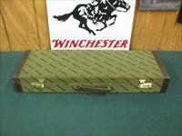 6764 Winchester 101 Grade 2 Barrel Hunt set,12ga/28 inch barrel, extended chokes sk ic mod,flush sk ic 3 m f xf, 20 gauge barrel 26 inch extended skeet choke, flush chokes ic m full, 14 chokes total,Winchester brochure, correct case, dark b