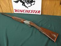 6365 Winchester 101 Pigeon XTR FEATHERWEIGHT 12 gauge 26 inch barrels ic/Im,STRAIGHT GRIP, all original, AA Fancy figured walnut,coin silver quail and pheasants engraved receiver, vent rib, ejectors, 99% condition on of the best i have had.