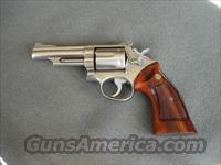 Smith and Wesson Model 66 4inch (no dash)
