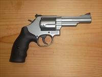 Smith and Wesson 69 Combat Magnum