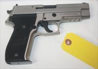 SIGARMS P226 9MM STAINLESS IN ORIGINAL HARD CASE