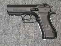 Baby Eagle II  9mm w/2 15 rd. mags