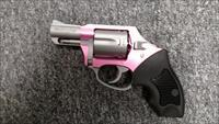 The Pink Lady (pink / stainless, bobbed hammer, .38 spl.)
