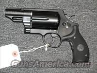 Governor (.45lc .45acp & .410ga) w/Front Night Sight and Crimson Trace Grips