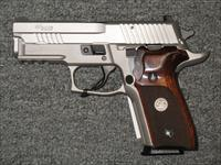 Sig Sauer P229 Elite 9mm (TALO) (Stainless)