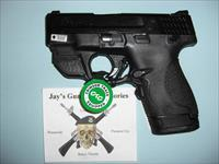 Smith & Wesson M&P9 Shield (10141) w/Crimson Trace Green Laser