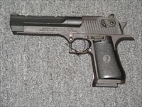 Desert Eagle  Made in Isreal .50AE