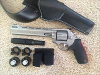 "TAURUS MODEL 444SS8 STAINLESS RAGING BULL .44 MAGNUM REVOLVER 8 3/8"" PORTED BARREL - BELT/HOLSTER/SCOPE BASE/SCOPE RINGS/SPEED LOADERS"