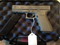 LIKE NEW!! GLOCK 21 FULL SIZE .45 ACP OD GREEN SEMI-AUTO PISTOL