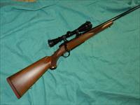 RUGER MODEL 77 .220 SWIFT LEUPOLD SCOPE