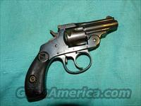H&R  TOP BREAK .32  SNUB NOSE  REVOLVER