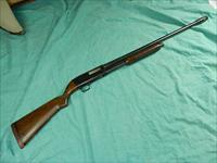 NOBLE 12 GA PUMP SHOTGUN