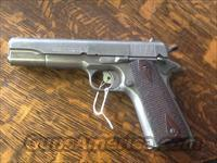 Nice ww1colt savage 1911 ww1 vet bring back. Correct clean gun