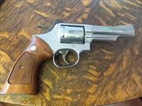 Smith & Wesson model 66 no dash. 4in stainless 357 mag