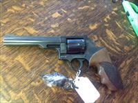 Dan Wesson model 14 357 magnum 6 in. Fixed sights custom grips very little use