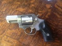 Very nice clean ruger sp101 snub nose 2 1/2 in barrel 357 magnum 38 spec. Stainless