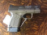 As new store display Springfield armory xds 45 acp compact dark earth