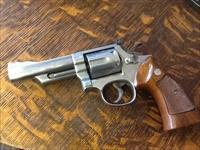 Smith & Wesson model 66 no dash. 4in stainless 357 mag Target