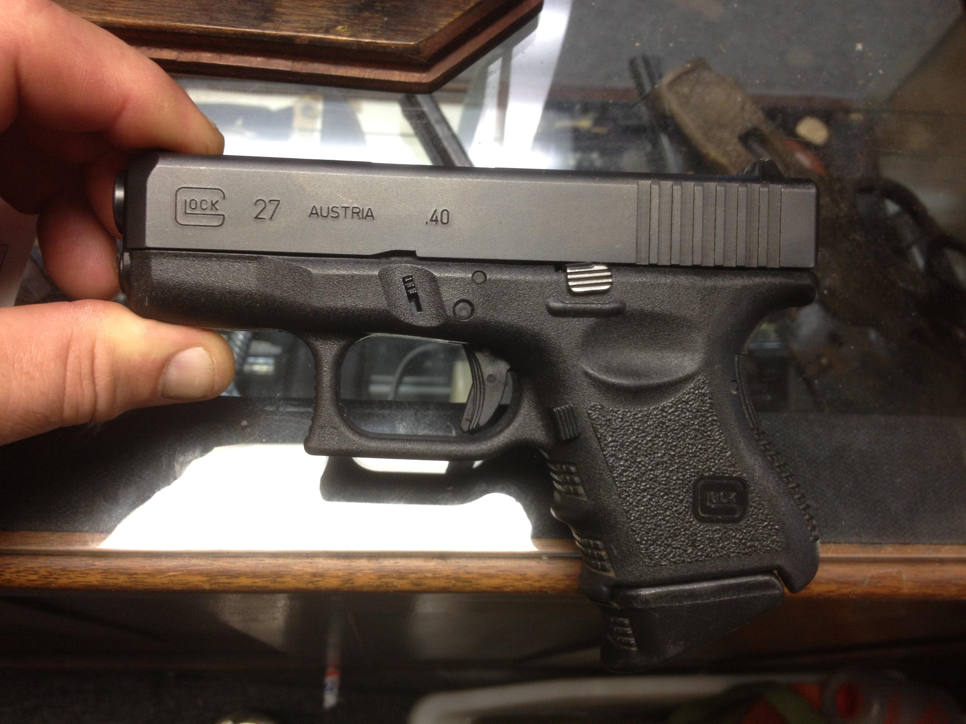 Like New Glock 27 40 Cal Sub Compact For Sale