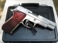 Sig-Sauer P220-10 SAO 10mm Elite Stainless