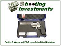 Smith & Wesson 629 629-6 non-fluted as new!