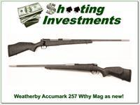 Weatherby Mark V Accumark 257 Wthy Mag as new!