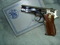 "Smith & Wesson Model 39-2, Nickel, 9mm, 4"", ""Old/New""  Semi-Automatic One-Owner Pistol - Collectible"
