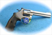 Smith & Wessom Model 629 Classic .44 Mag SS Revolver **New**