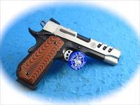Smith & Wesson Model SW1911 .45ACP Semi Auto Pistol **New**