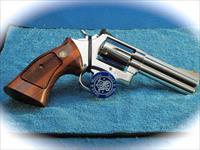 Smith & Wesson Model 686 .357 Mag Revolver Polished Stainless **Used**