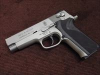 SMITH & WESSON 410S - .40 CAL. - STAINLESS - EXCELLENT