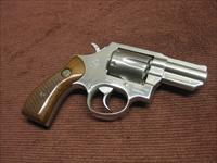 TAURUS MODEL 65 .357 MAGNUM - STAINLESS - WALNUT GRIPS - 2 1/2-INCH - EXCELLENT