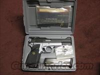BROWNING HI-POWER PRACTICAL MODEL - .40 S&W - TWO-TONE FINISH - MINT IN BOX