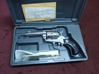RUGER - OLD MODEL VAQUERO - BIRDS HEAD - .45 COLT - 3 3/4-INCH - STAINLESS - MINT IN BOX