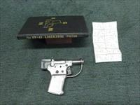 WWII VINTAGE - GM GUIDE LAMP - FP-45 LIBERATOR - .45 ACP PISTOL WITH BOOK