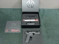 HUDSON H9 9MM - WITH 3 15-ROUND MAGS - AS NEW IN BOX