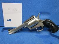 "Freedom Arms Model 83 Premier.454 Casull  4 3/4"" ROUND butt NIB"