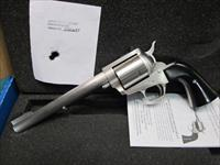 "Freedom Arms Model 83 Premier 454 Casull 7 1/2"" New in box"