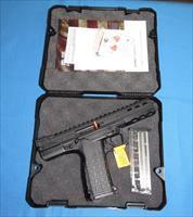 KEL-TEC CP33 22LR SEMI-AUTO PISTOL