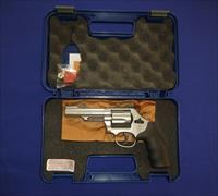 SALE PRICED!  Smith and Wesson Model 69 44 Combat Magnum Revolver NEW!