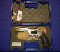 SMITH & WESSON MODEL 629 44 MAGNUM REVOLVER NEW!