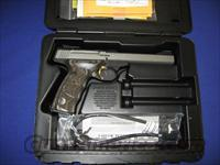 Browning Buck Mark Plus Stainless Black Laminated UDX 22LR Pistol