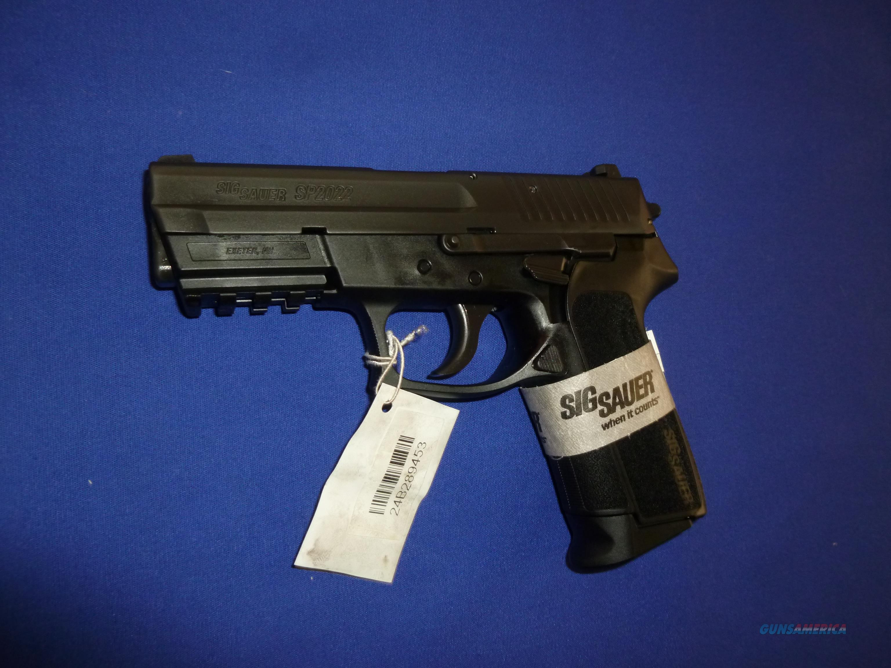 SIG SP2022 9MM PISTOL WITH CONTRAST SIGHTS