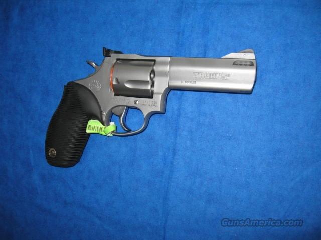 taurus tracker 44c 44 magnum revolver for sale. Black Bedroom Furniture Sets. Home Design Ideas