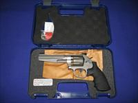 Smith & Wesson Model 986 Pro Series 9MM Revolver