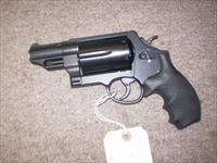 Smith and Wesson Governor .45 ACP, .45 LC, .410 GA