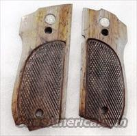 Grips S&W model 39 639 Walnut Factory Panels ca. 1975 Smith & Wesson 9mm