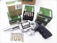 Ammo: .357 Magnum 125 round lot of 5 Boxes Remington Golden Saber 125 grain JHP 357 Brass Jacketed Hollow Point Flying Ashtray Black Talon type Bullets Ammunition Cartridges GS357MA 5x$19.80 = $99.00