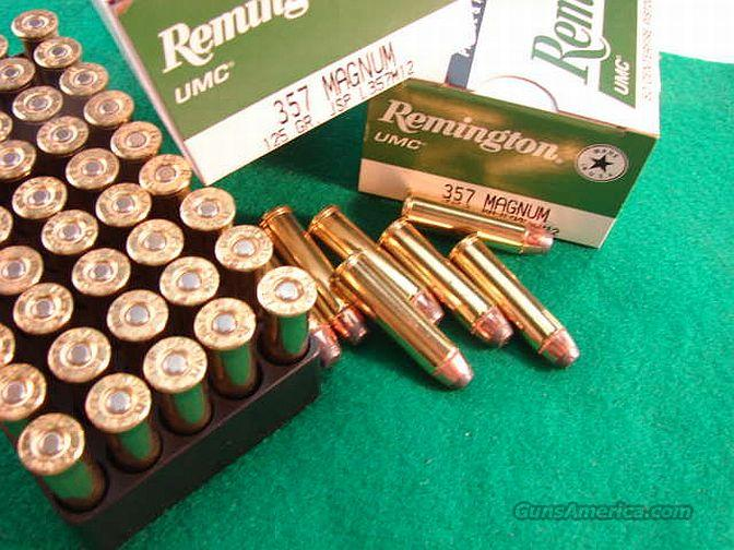 Lot Of 5 Guns and Ammo 1987 Magazines Gun Home Defense Collectible Handguns Rifles